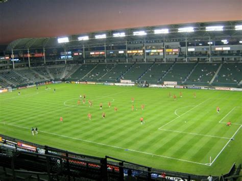 the home depot center los angeles galaxy chivas usa