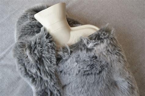 faux fur water bottle bed company
