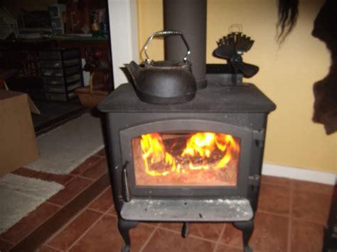 caframo ecofan ultraair  heat powered wood stove fan