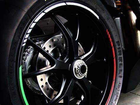 Felgenrandaufkleber Motorrad 17 Zoll Abstand by Wheel Rim Stickers 7mm Red Gp Style Ebay