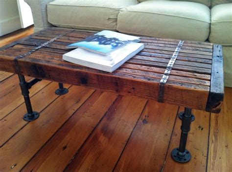 Barn wood coffee table for your interior decoration idea