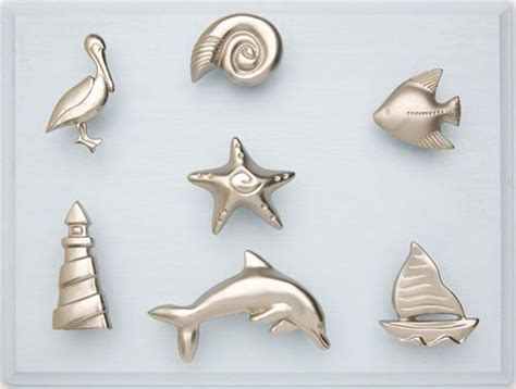 Nautical Kitchen Cabinet Knobs by Best 25 Nautical Drawer Pulls Ideas On