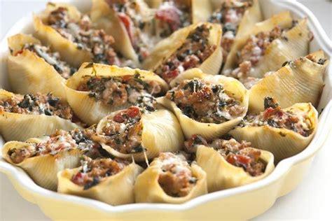 Jerhigh Cheesesausage 100gr conchglioni ripieni con salsiccia al forno e spinaci
