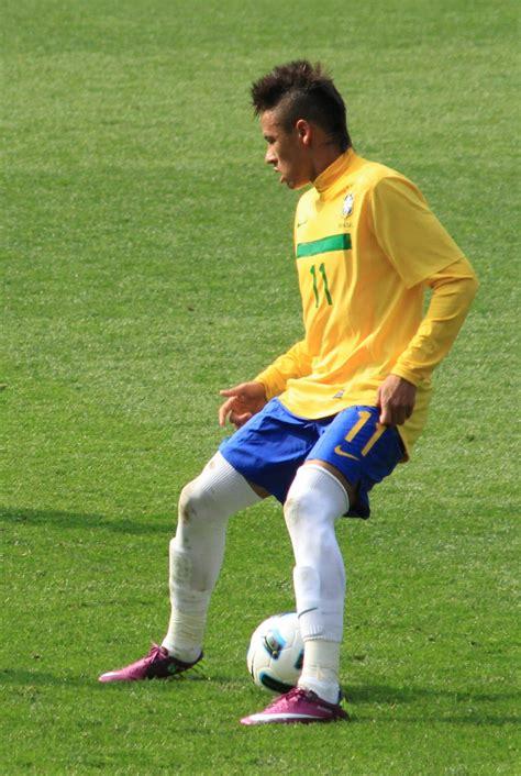 neymar born place all super stars neymar young football star 2011