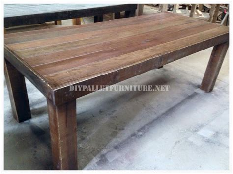 Dining Table Made From Pallets Dining Table Made With Pallets 3diy Pallet Furniture Diy Pallet Furniture