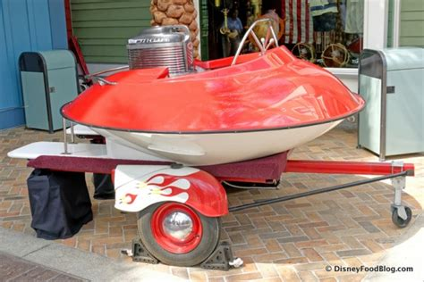 mini boats at disney review the boathouse at disney world s disney springs