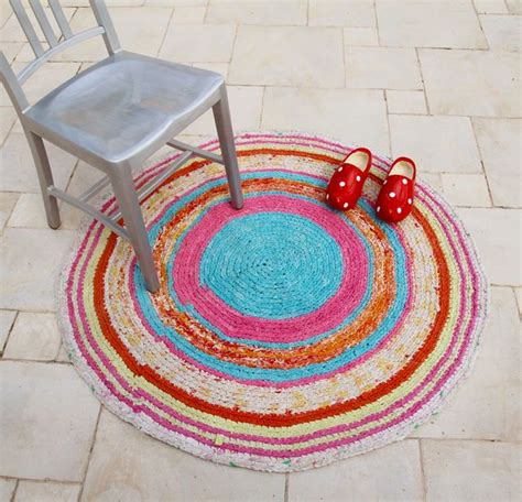 rag rug kits beginners 17 best images about crochet on fabric yarn stitches and yarns
