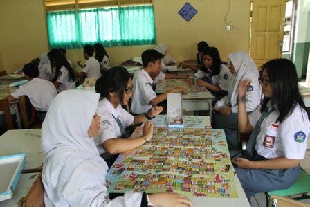 Mochamad Riyanto Rasyid Kekerasan Di Layar Kaca hibah 200 papan permainan negeri kompak the wahid institute