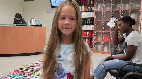 children s wigs dallas texas youtube savannah s first hair cut and wigs for kids donation youtube