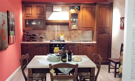 Idee Arredo Cucina Classica by Stosa Focolare La Cucina Classica Toscana Dallo Stosa