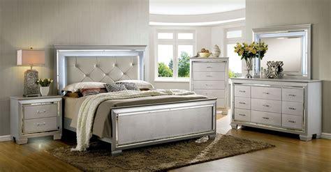 bellanova silver upholstered panel bedroom set cmsv  furniture  america