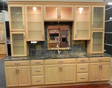 natural kitchen cabinets natural maple kitchen cabinets