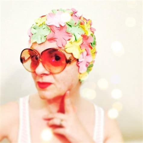cuffie da bagno con fiori cuffie da piscina con fiori bellissimi costumi da bagno