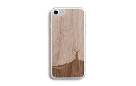 coque iphone 7 en bois de noyer avec rodrigo maia wood stuck