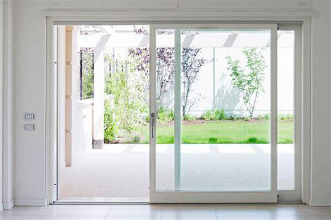 porte e finestre in alluminio serramenti in alluminio www serramentiefinestre it