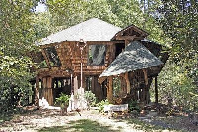 Johnny Knight Treehouse