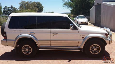 mitsubishi pajero 2000 mitsubishi pajero gls lwb 4x4 2000 4d wagon 4 sp automatic