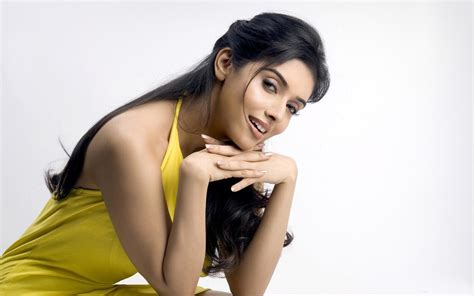 indian film heroines hot photos indian actress asin hot photos and hd wallpapers gallery