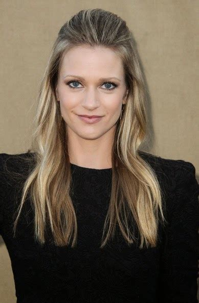 canadian celebrity canadian actress aj cook pictures