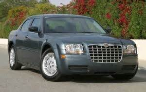 How Much Is A 2006 Chrysler 300 Worth 2005 Chrysler 300 Sedan Touring What S It Worth