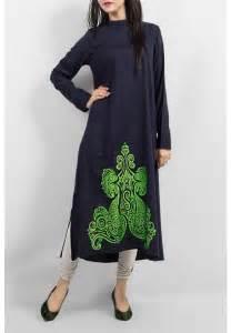 See also stylish indian salwar kameez churidar suits neck designs