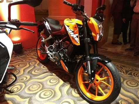 Ktm Next Launch In India 2017 Ktm Duke 200 Ktm Rc200 Launched In Nepal