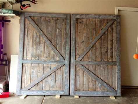 Barn Door For Closet White Barn Door Closet Doors Diy Projects