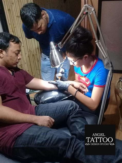 tattoo artist training learn be a professional artist