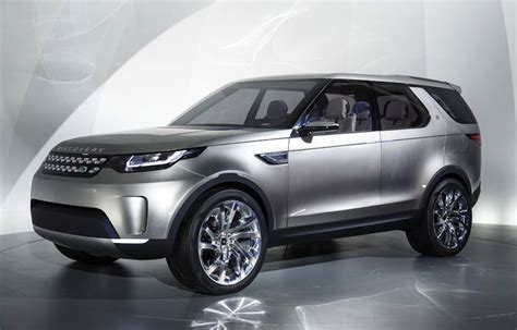land rover discovery 4 se 2017 price in pakistan review