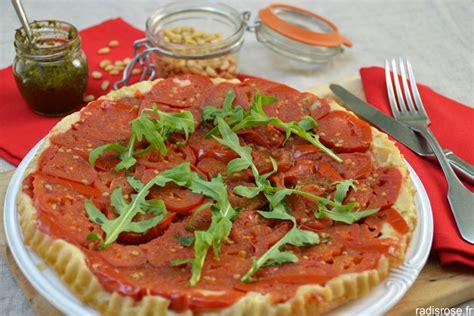 cuisiner les radis roses tarte tatin aux tomates confites radis