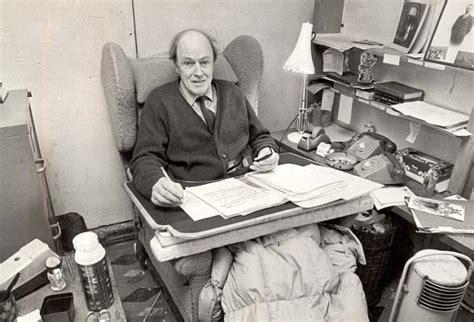 Roald Dahl Shed by Roald Dahl Challenge For Isfromupnorth Leedsbookclub