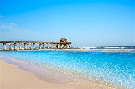 Beaches :: Shades of Green