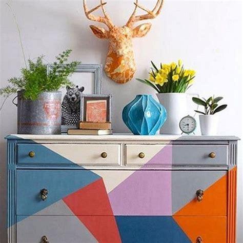 pintura chalk paint para muebles de cocina las 25 mejores ideas sobre sillas de pintura de tiza en