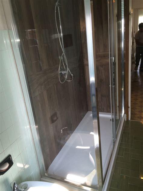 piastrelle per box foto nuova doccia piastrelle tipo legno polis di