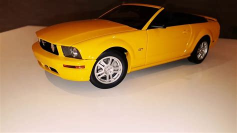 Ford Mustang Autoart by Ford Mustang Gt Convertible 1 18 Autoart