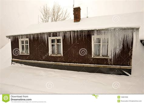 frozen house frozen house royalty free stock images image 16897909