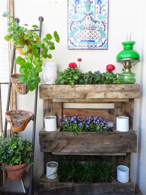 15 Small Garden Ideas To Grow In A Limited Space Balcony Wall Garden