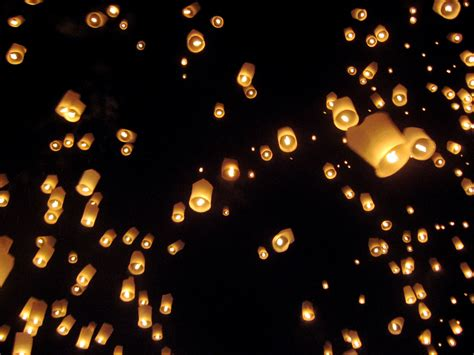 Paper Lanterns - the in the disney tangled where hundreds of