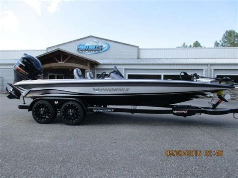 bass fishing boats for sale in nc best 25 bass boats for sale ideas on pinterest pontoon