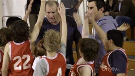 modern family benched argenteam modern family 2009 s01e20 benched