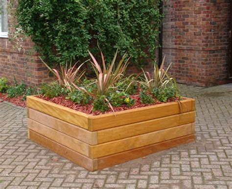 Wooden Garden Planters Ideas by Outdoor Wooden Planter Boxes Interesting Ideas For Home
