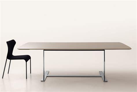 tavoli 3d modelli bim e 3d tavoli eileen di b b italia