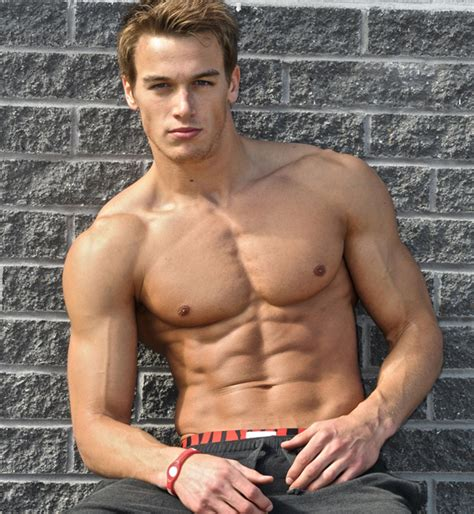 best looking men 2014 hottest male fitness models top 10 alux com