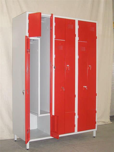 armoire de rangement métallique occasion cuisine armoire rangement en metal armoires avec portes tikamoon casier vestiaire