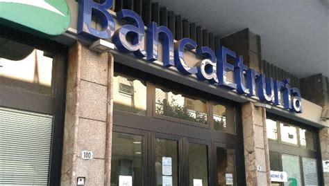 Banca Etruria Civitavecchia by Pensionato Suicida Perquisizioni A Banca Etruria