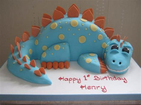 how to make a dinosaur cake template 25 best ideas about kid birthday cakes on 1