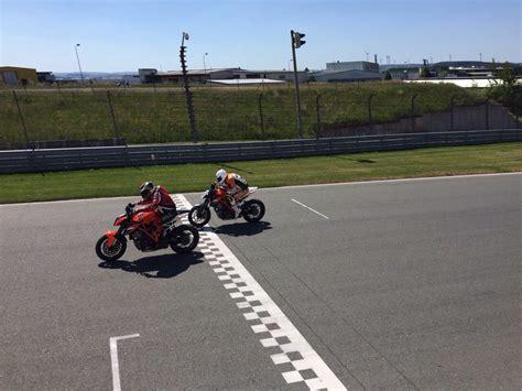 Ktm Rennstreckentraining Motorrad pepa bikes rennstreckentraining sachsenring