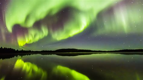 northern lights resort finland winter kakslauttanen