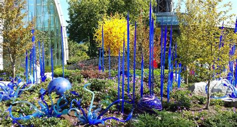 Chihuly Glass Garden by Chihuly Garden And Glass Museum Images