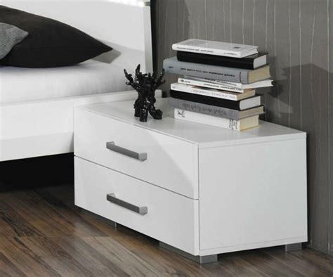 nachttisch originell moderner nachttisch f 252 rs schlafzimmer